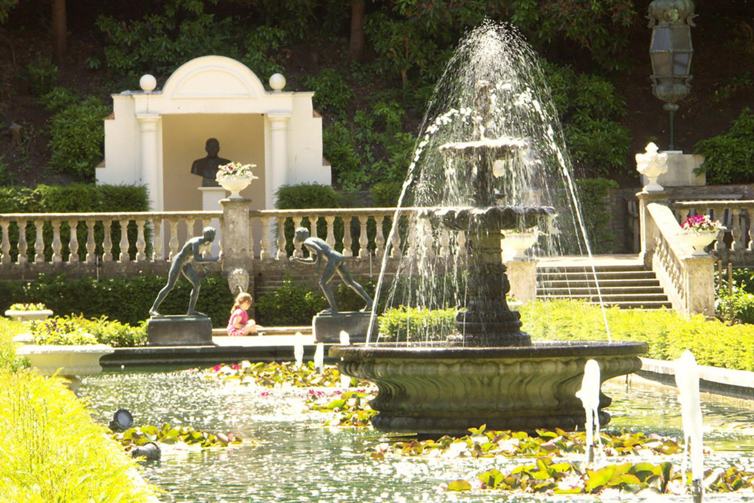 italian garden compton acres