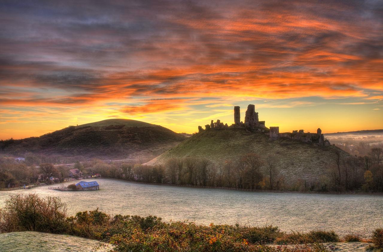 corfe castle winter frost