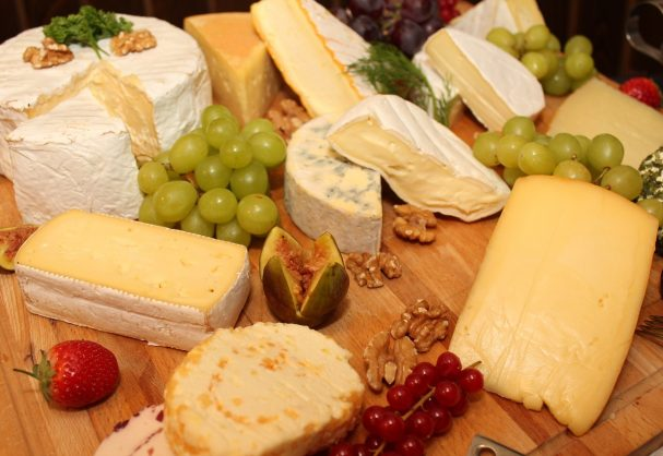 Sturmister Newton Cheese Festival